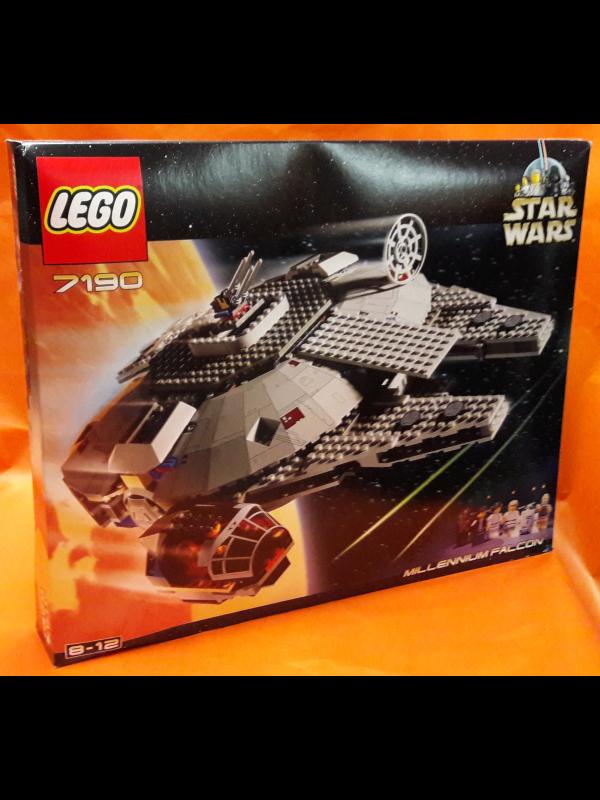 7190 - Millennium Falcon - Ultimate Collector Series - Lego - Star Wars